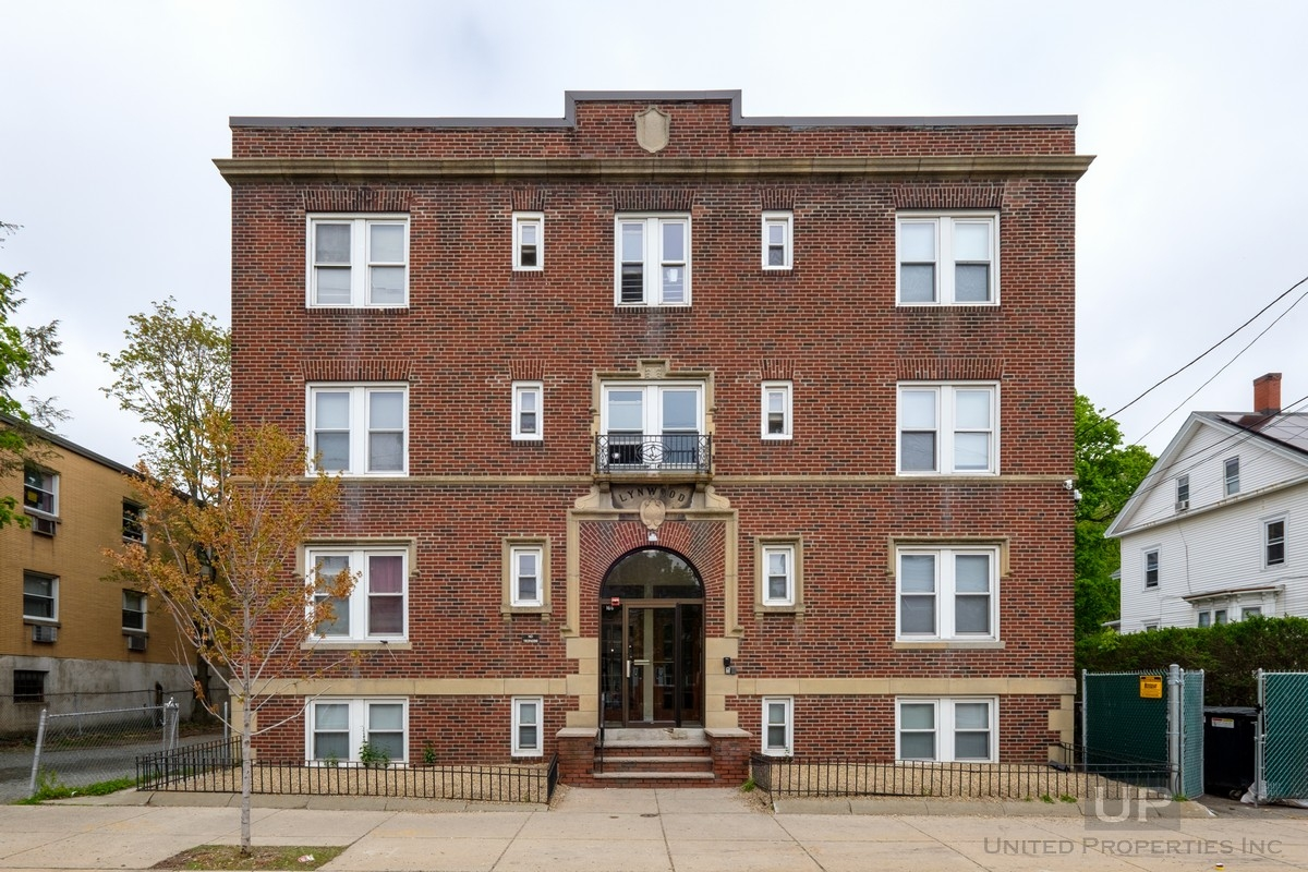 166-Mountain-Ave-Malden-01-United-Properties-2018